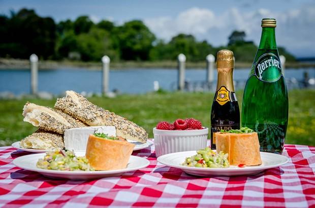 picnics-magnum.jpg