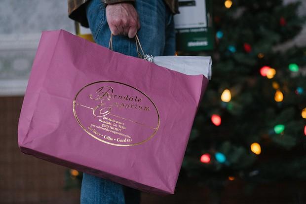 shopping_on_ferndale_victorian_holidays_friday_open_house_.jpeg