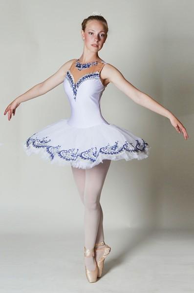 Adora Stebbins as Aurora - PHOTO BY MARINA SONN