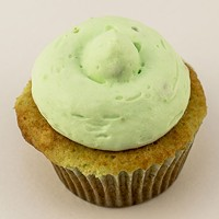 A Watergate cupcake from the age of gelatin molds and salads.