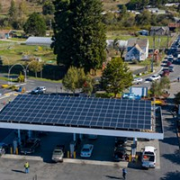 The Blue Lake Rancheria gas station, which used microgrid technology, including the solar panels above the pumps, to keep operating through the blackout.