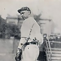 Joe Oeschger's 1922 Boston Nationals baseball card.