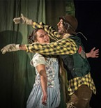 Dorothy (Sara Kei Wegmüller) reunites with her old friend Scarecrow (Andrew Lupkes) in Oz.