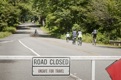 drury_parkway_bike_and_hike_2012.jpg