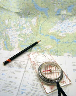 158b77d2_orienteering_compass-1420688.jpg