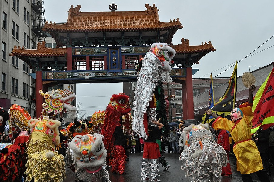 Unlike the Georgian calendar, Chinese New Year is variable, falling between Jan. 21 and Feb. 20 (second new moon after winter solstice). This Year of the Snake (Shé) started on Feb. 10, 2013. - JOE MABEL, WIKIPEDIA COMMONS