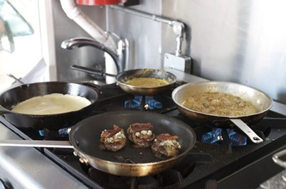 Yes, those are little sliders and crepe fixings all on one tiny range. - DREW HYLAND