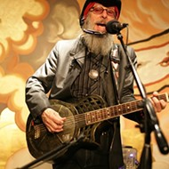 Phil Lee delights a sold-out crowd at Steynberg Gallery on April 25