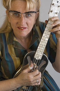 OLD TIMEY :  The Red Barn Community Music Series brings you the country blues and hillbilly boogie of Del Rey (pictured) and Suzy Thompson on Feb. 19 at the Red Barn. - PHOTO COURTESY OF DEL RAY