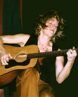 AIKEN GOOD MUSIC :  Painted Sky Studios has lined up contemporary folk maven Caroline Aiken for an intimate acoustic concert on Oct. 22. - PHOTO COURTESY OF CAROLINE AIKEN