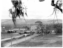 THE DISTANT PAST :  E.G. Lewis founded the Colony of Atascadero as a meticulously planned ideological community. This is how Colony Square looked in 1920. - PHOTO COURTESY OF ATASCADERO HISTORICAL SOCIETY