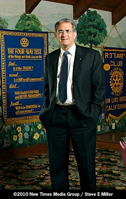 ROTARY MAN :  Ben Hall is a long time veteran of the Rotary Club. - PHOTO BY STEVE E. MILLER