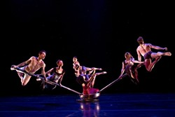 SPUTNIK : - PHOTO COURTESY OF MOMIX