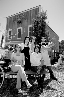 """OLD EDNAS NEW FAMILY :  (from left to right) Carol """"Red"""" Emmons, Kim Frederick, Linda Escalante, """"The Mayor"""" Pettia Torrance, and Jano Frederick serve fresh fare five days a week at the Old Edna Deli. - PHOTO BY JESSE ACOSTA"""