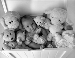 """""""WHERE'S ELLA?� HONORABLE MENTION KIDS - BW: - DUSTY KENNEY"""