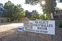 CONTROVERSIAL LAND :  Atascadero Mayor Tom O'Malley passed this downtown property to his adult son in 2004 to vote on a legal settlement. Concerns about a conflict of interest still linger. - PHOTO BY JAYSON MELLOM