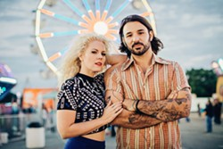 FOOT STOMPIN' FUN Nashville-based American roots duo Smooth Hound Smith plays a free show at Morro Bay's The Siren on Jan. 25. - PHOTO COURTESY OF SMOOTH HOUND SMITH