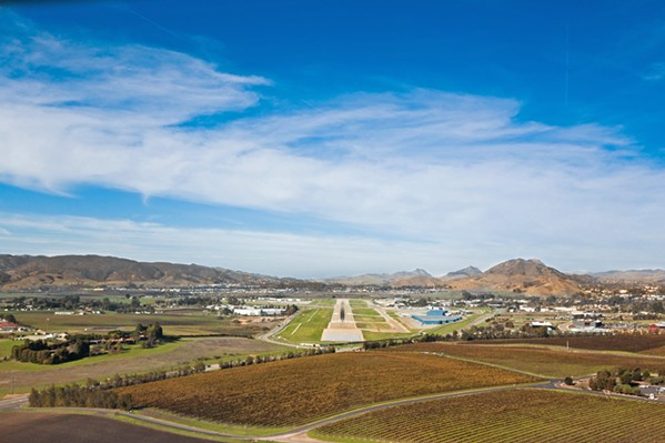EMPLOYED BUT NOT PAID TSA Employees at the SLO County Regional Airport are just a few of the many federal workers who have worked without pay due to the partial government shutdown, which entered its fifth week. - FILE PHOTO BY KAORI FUNAHASHI