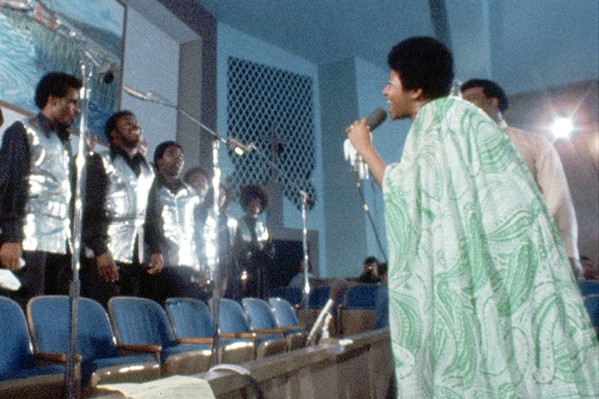CALL AND RESPONSE Aretha Franklin teams up with the Southern California Community Choir to record Amazing Grace, her 1972 gospel album. - PHOTOS COURTESY OF 40 ACRES & A MULE FILMWORKS