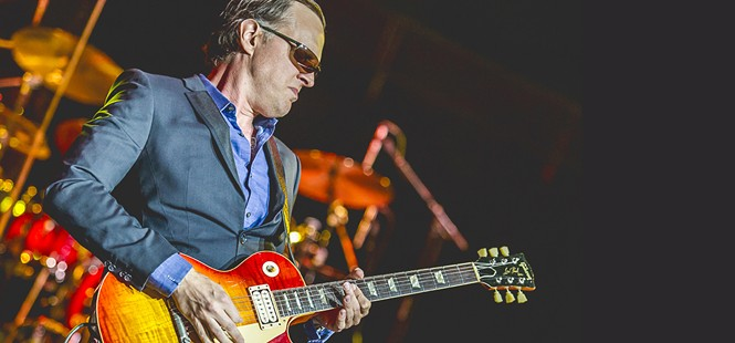 Vina Robles Amphitheatre opens its season with guitarist Joe Bonamassa on July 31