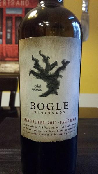 BOGLE 2011 ESSENTIAL RED CALIFORNIA  :