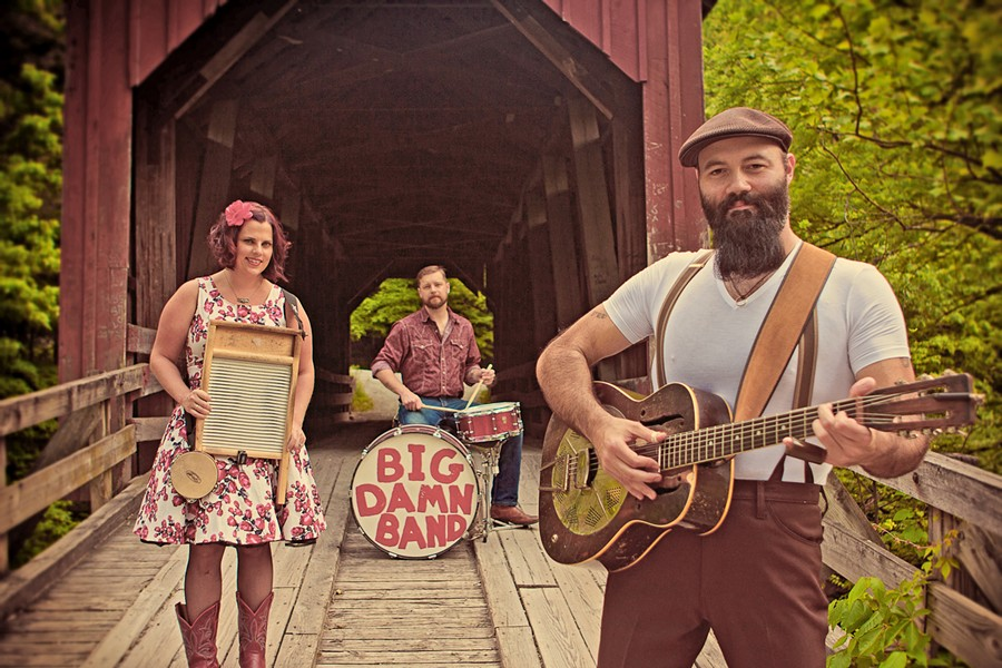 BIG VOICE, VINTAGE GUITARS Country-blues trio Reverend Peyton's Big Damn Band plays The Siren on Oct. 24, touring in support of their awesome new album, Poor Until Payday. - PHOTO COURTESY OF REVEREND PEYTON'S BIG DAMN BAND