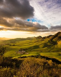 PEAKS THAT PIQUE: A GUIDE TO HIKING AND EXPLORING SLO COUNTY'S NINE SISTERS
