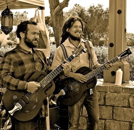 RESONATORS! :  So Cal ragtime Gypsy blues duo Treefingers plays Kreuzberg on May 22. - PHOTO COURTESY OF TREEFINGERS