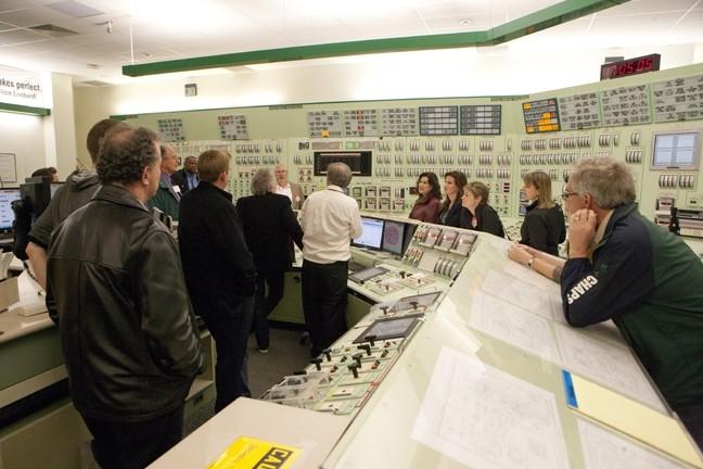 CoastalCommission-sem-control_room.jpg
