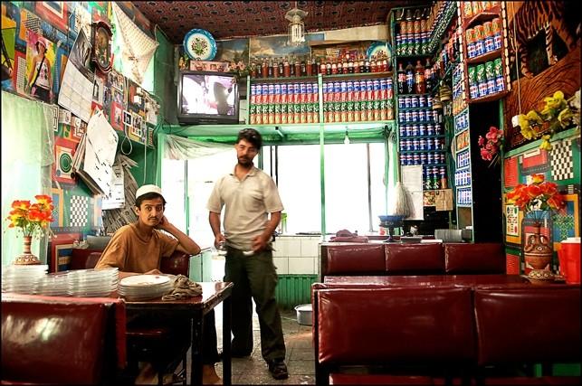 KABUL CAFE : - PHOTO BY GLORIANN LIU
