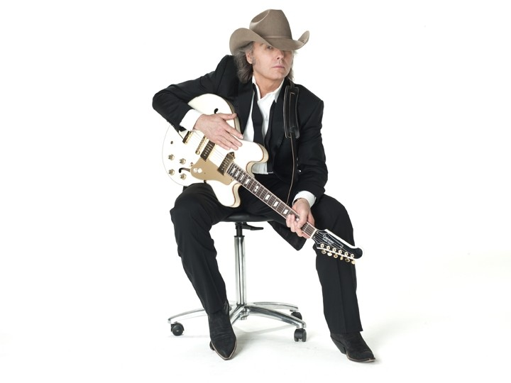 PASO BOUND:  Dwight Yoakam plays Aug. 24, in Vina Robles Amphitheatre - PHOTO COURTESY OF DWIGHT YOAKAM