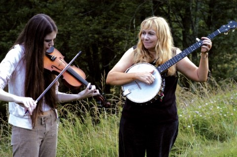 "THIS ROAD COMES TO YOU :  ""Crooked Road Project: Mountain Music of Virginia"" will be on stage at the Christopher Cohan Center on Oct. 24 to share the vibrant, living musical culture of the Virginian region know as the Crooked Road. - PHOTO COURTESY OF CROOKED ROAD"