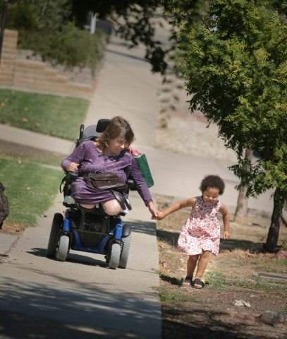 LIFE'S LOVE AND LESSONS :  After New Times profiled Jennifer Wayland — who lost both her legs to spina bifida — and her 4-year-old daughter Amandalyn, several readers made gifts to the family.