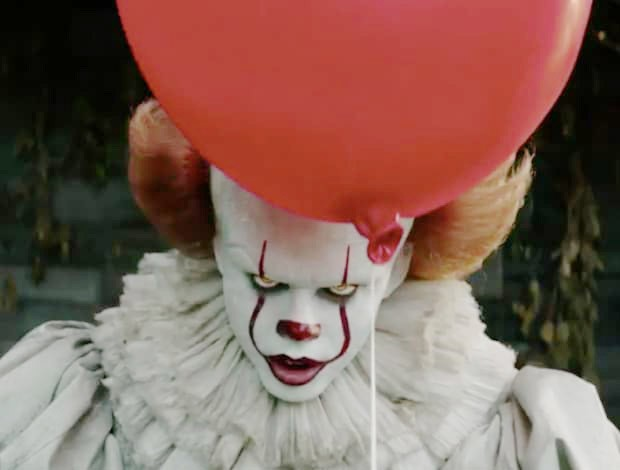 EVIL The villainous clown Pennywise (Bill Skarsgård) returns in the remake of the classic thriller IT. - PHOTO COURTESY OF WARNER BROS. PICTURES