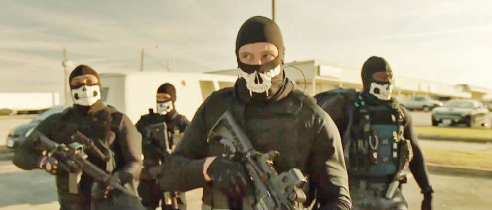 BANK JOB In Den of Thieves, an elite unit from the Los Angeles County Sheriff's Department squares off against a crew of successful thieves who plan a seemingly impossible heist—the city's Federal Reserve Bank. - PHOTO COURTESY OF STX ENTERTAINMENT