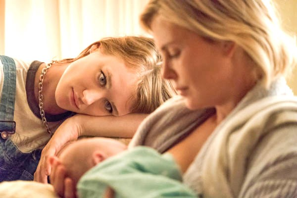 HELP A mom (Charlize Theron, right) of three bonds with new night nanny (Mackenzie Davis) in Tully. - PHOTO COURTESY OF FOCUS FEATURES