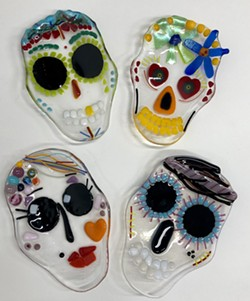 example of Dia de Los Muertos plates - Uploaded by Lisa Renée Falk