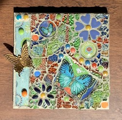 Learn tempered glass mosaics - Uploaded by Joan Martin Fee