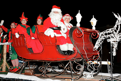 22d1160f_christmasparade12.png