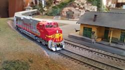 San Luis Model Railroad in action - Uploaded by David Weisman