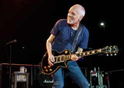PETER FRAMPTON FINALE - THE FAREWELL TOUR - Uploaded by Mia Maloney