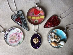 Make two necklaces in less than 2 hours! - Uploaded by Joan Martin Fee