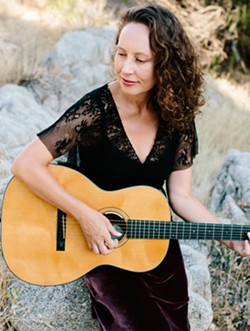 Ynana Rose featured artist at Scupterra Winery September 29 - Uploaded by Kathryn Raine