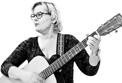 Songwriters at Play features Jenn Rogar at Sculpterra Winery - Uploaded by Kathryn Raine
