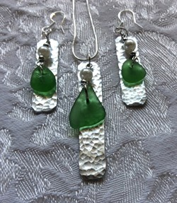 Learn how to drill holes in sea glass and texturize metal. - Uploaded by Joan Martin Fee