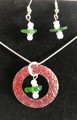 Learn how to create sea glass jewelry - Uploaded by Joan Martin Fee