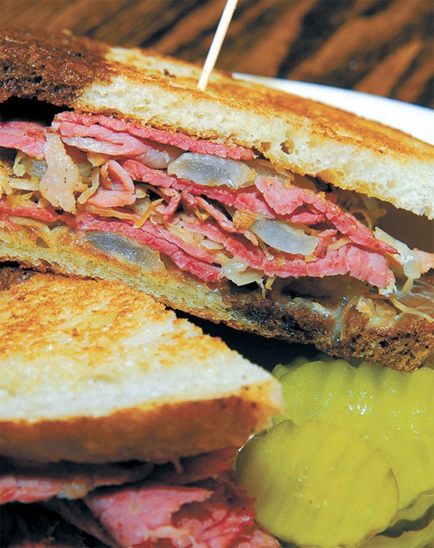 McNellies-Abner-Ale-House-Reuben-168mh.jpg