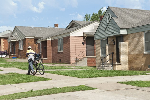A scene among the housing units along N.E. 27th Street, opperated by the OKC Housing Authority.  mh