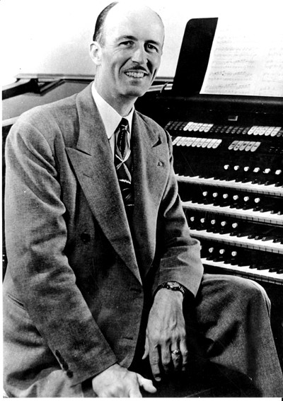 Ken Wright played the Kilgen organ in the Skirvin Hotel on WKY-AM from 1936 to 1951. (Oklahoma History Center / Provided)