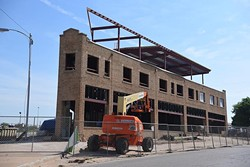 Flatiron-building-construction-NW-5th-an-Harrison-Ave-DSC_1027mh.jpg